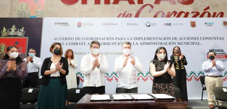 Convoca Rutilio Escandón a alcaldesas y alcaldes electos a trabajar con transparencia y honestidad durante su gobierno
